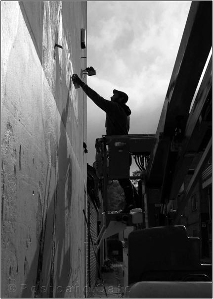 Work in Progress | Phlegm on Snuff Mill Lane | Sheffield 26 October 2016 | Silhouette | © Postcard Cafe (sp1000509ebw)