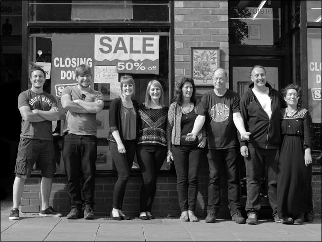 It's a Family Affair | Rare & Racy 1 July 2017 |  Sheffield |  © Postcard Cafe |  SP1030046E B&W1