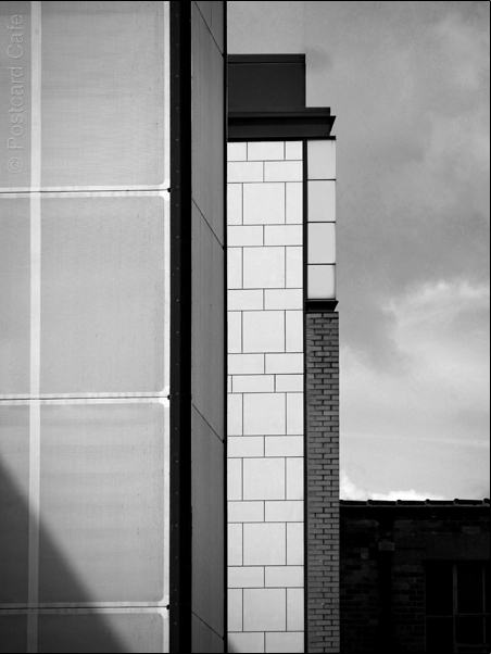 Vertical Hold #3 | Sheffield 2017 | © Postcard Cafe | SP1030304E