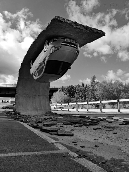5. Pick Yourself Up And Pull Yourself Together | 2017 | Alex Chinneck | © Postcard Cafe | SP1030454E B&W